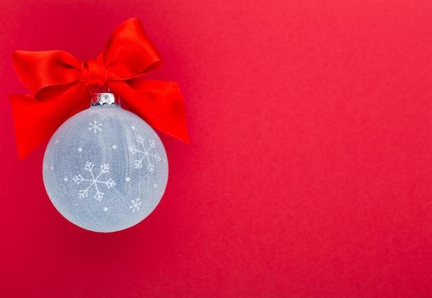 Новый год, рождество с голубыми елочными шарами