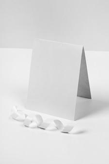 Pezzo di carta vuoto mock-up di capodanno