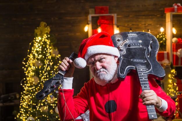 Новый год доставка санта-клауса санта клаус со сломанной гитарой костюм санта рождество рождество санта