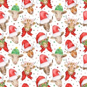 サンタクロースとニットの帽子のかわいい雄牛の頭と新年のシームレスなパターン