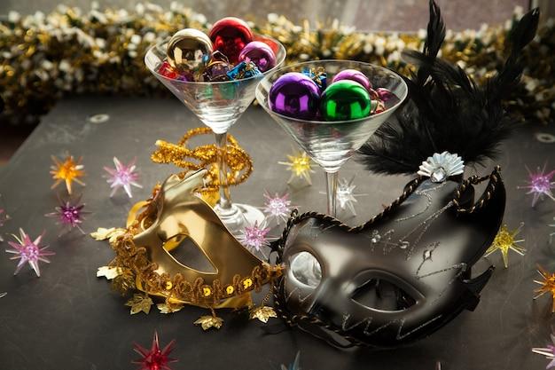 새해 이브 파티 가장 무도회 안면 마스크 아이디어 크리스마스 이브 카니발 휴가를 축하하는 방법