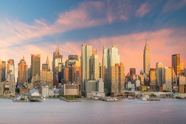 황혼 미국 뉴욕시 맨해튼 미드타운 스카이 라인