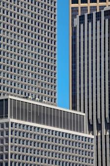 맨해튼 스카이라인의 고층 빌딩이 있는 뉴욕시 파노라마