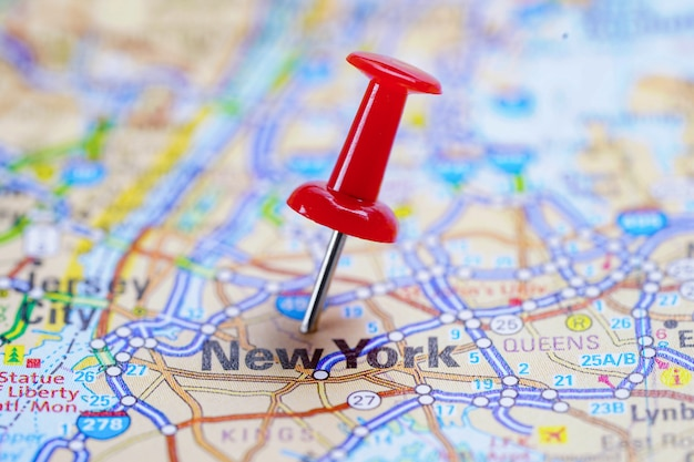 New york road map with red pushpin