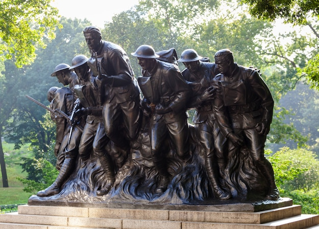 New york statue of soldiers of i world war, central park.