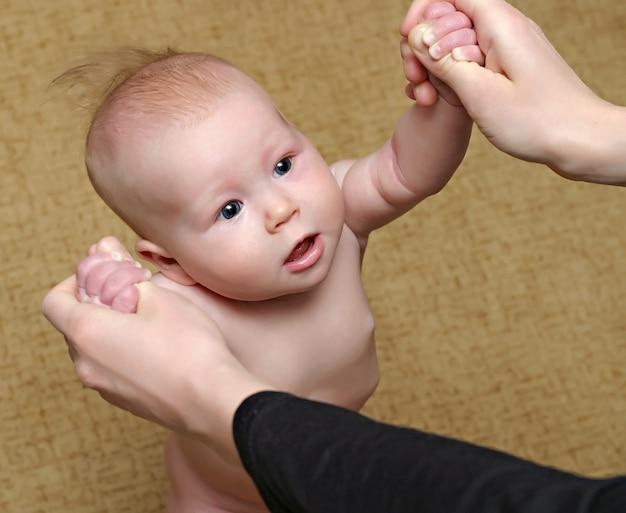 Подставка для новорожденного Premium Фотографии