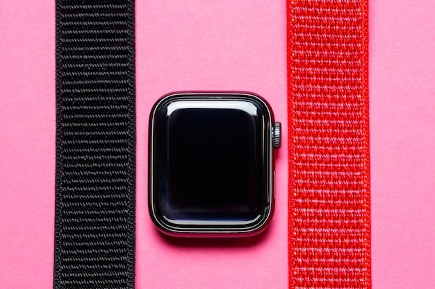 벨크로 블랙 컬러의 스마트워치용 나일론 스트랩