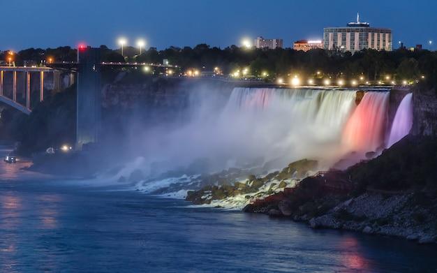 Niagara falls usa illuminated at blue hour