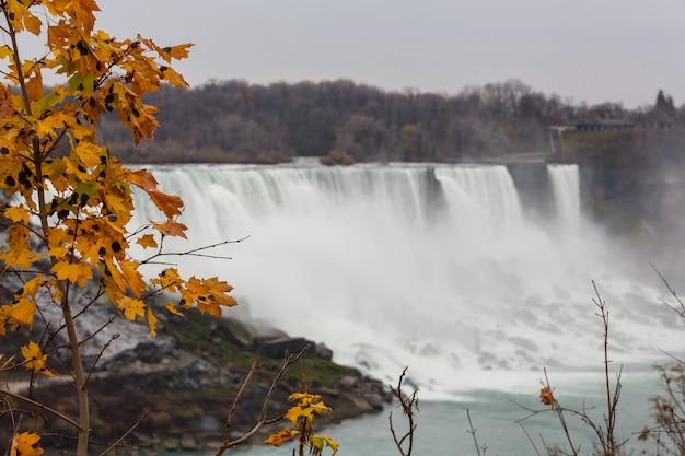 Niagara waterfall in autumn season