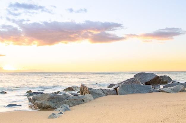 素敵な目覚めの絹のような海