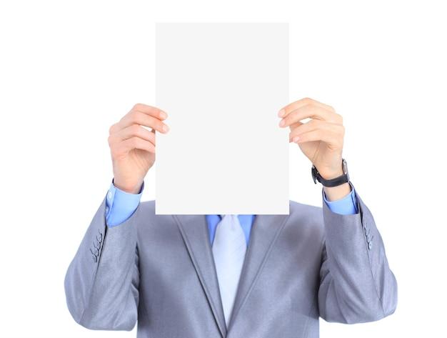 Хороший бизнесмен держит белый плакат. отдельный на белом фоне.