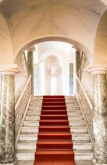 Дворец николаси в ното, 1750 год, самый важный дворец в стиле барокко на сицилии.