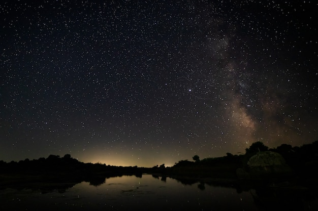 Barruecos 자연 지역의 야간 촬영.