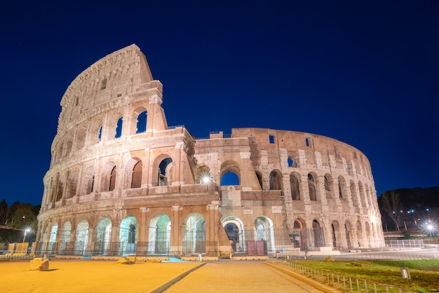Night view of colosseum