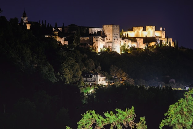 Night view of the famous alhambra palace in granada from sacromonte quarter,