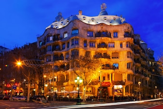 Night view of Casa Mila