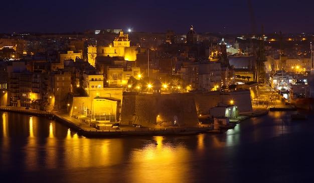 Night view of  senglea  from valetta