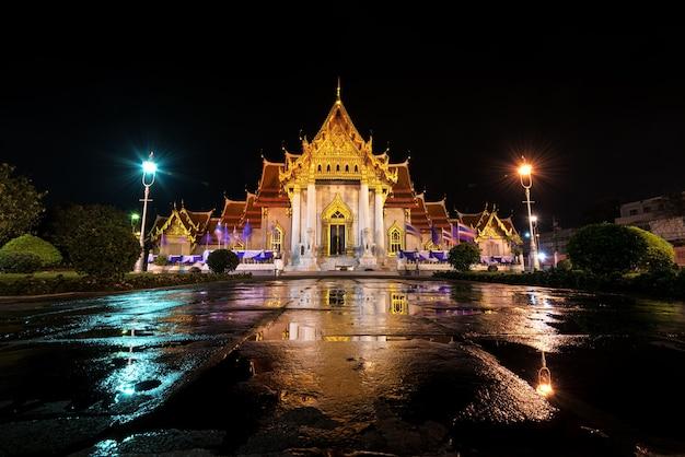 At night wat benchamabophit the beautiful marble temple in bangkok, thailand