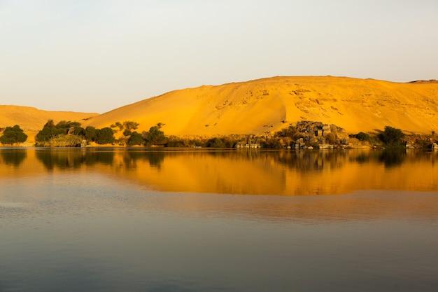 ナイル川はアフリカで最も長い川、エジプト。