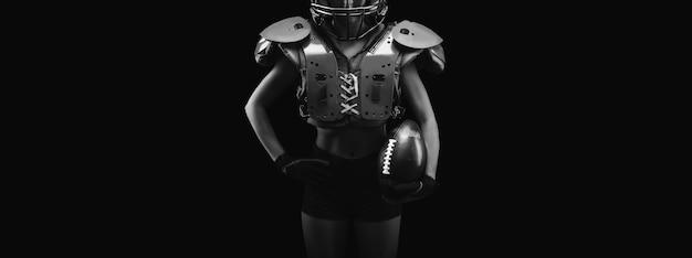 어깨 패드에 여성의 이름 초상화가 없습니다. 미식 축구. 스포츠 개념입니다. 혼합 매체