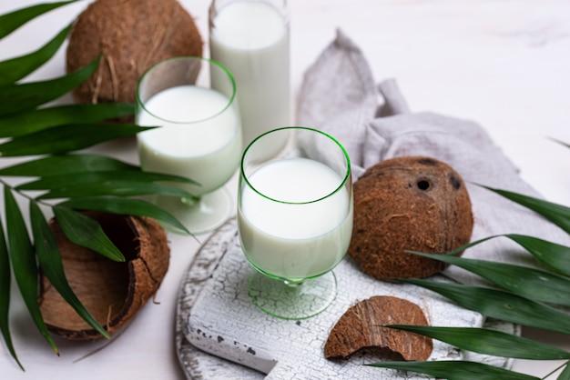 Non-dairy natural coconut milk