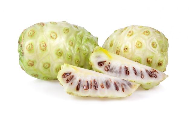 白のノニ果実