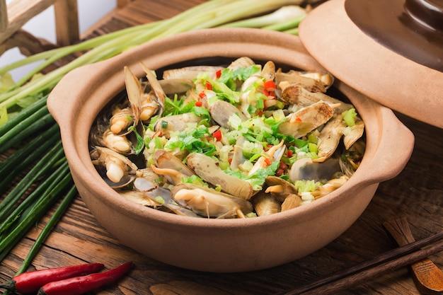 麺とアサリのキャセロール