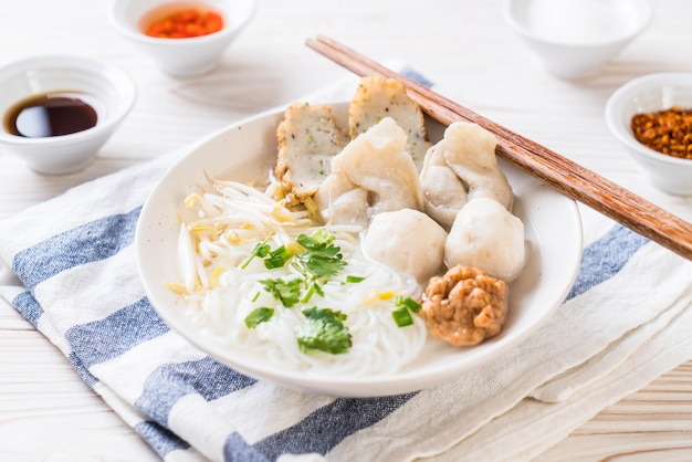 Noodles with fish ball in soup