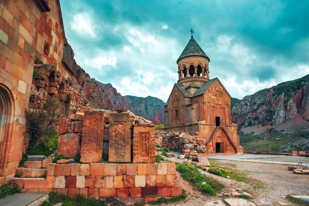 アルメニアのnoravank修道院のsurb astvatsatsin教会