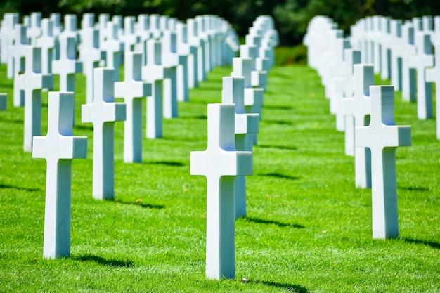 ノルマンディー米軍墓地と記念碑、コルヴィル=シュル=メール、ノルマンディー、フランス。