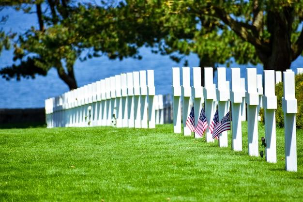 Американское кладбище в нормандии и мемориал, кольвиль-сюр-мер, нормандия, франция.