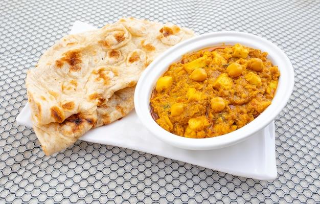 North indian healthy cuisine chole paneer
