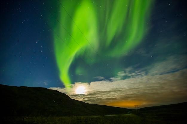 Северное сияние в нордкапп, северная норвегия. европа.