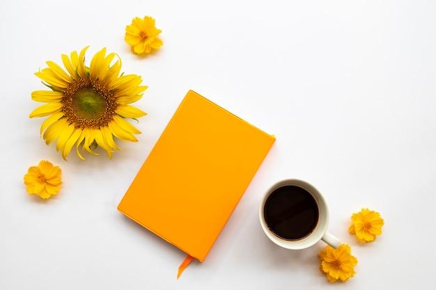 ライフスタイルのビジネスのためのノートブックプランナー