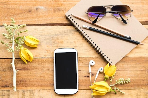 Блокнот-планировщик, мобильный телефон для работы с солнцезащитными очками