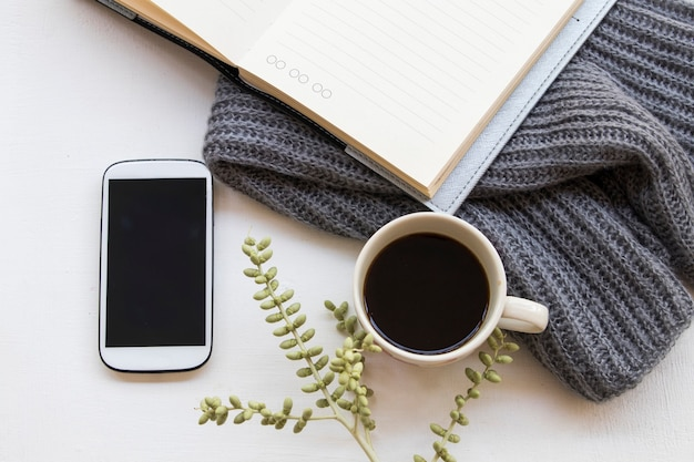 Ноутбук-планировщик, мобильный телефон для бизнеса
