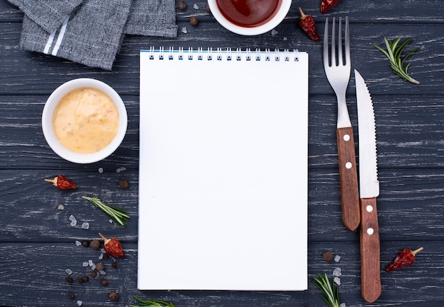 Notebook with cutlery