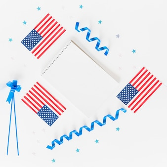 Notepad small american flags and holiday decoration