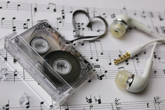 메모 배경 및 헤드폰