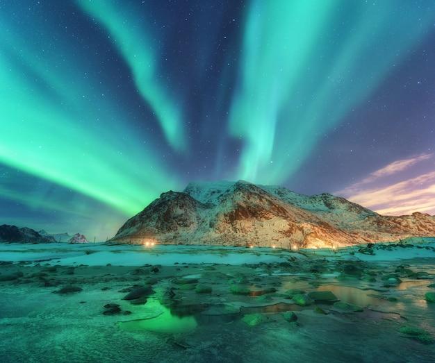 노르웨이 lofoten 섬의 북부 조명