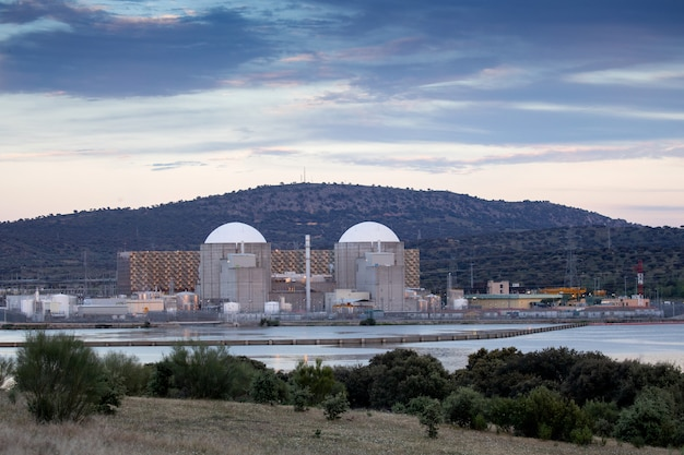 Nuclear power plant in the center of spain
