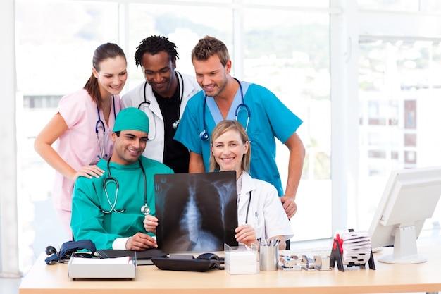 看護師、医師、外科医、x線検査