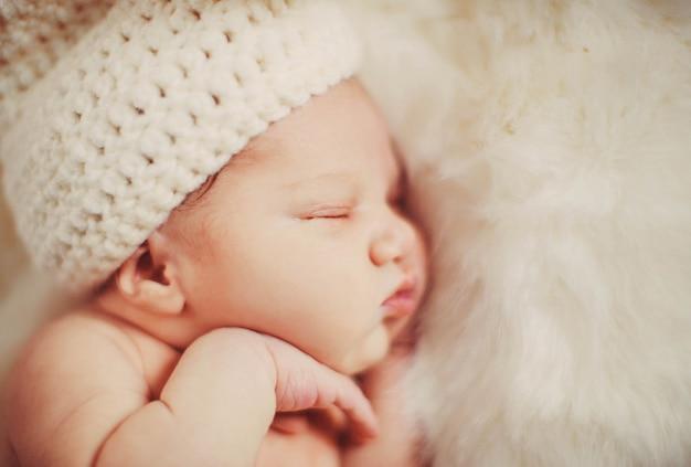 Nurseling毛皮小さな美しい毛布