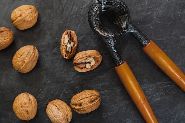Nutcracker and wallnuts