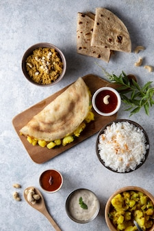 영양가 있는 인도 도사 모듬