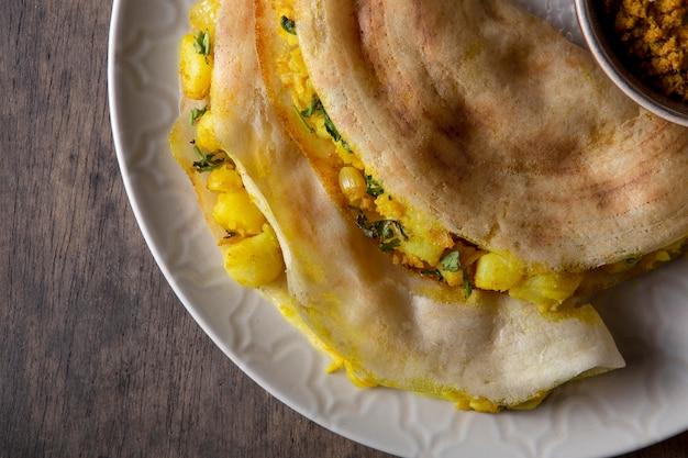 영양가 있는 인도 도사 성분