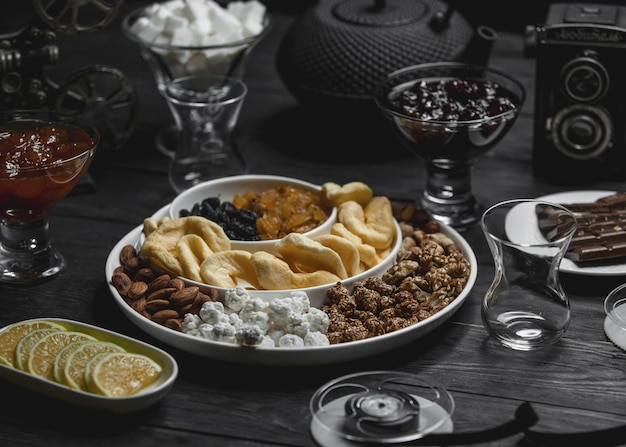 Nuts and dry fruits platter