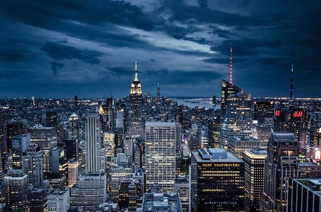 뉴욕. 밤에 뉴욕시의 공중보기