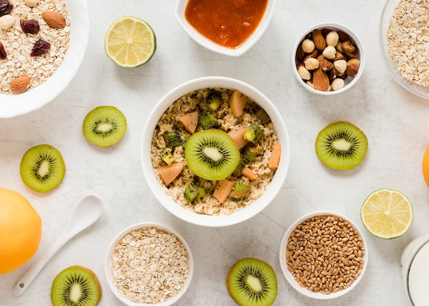Oatmeal kiwi nuts and oats