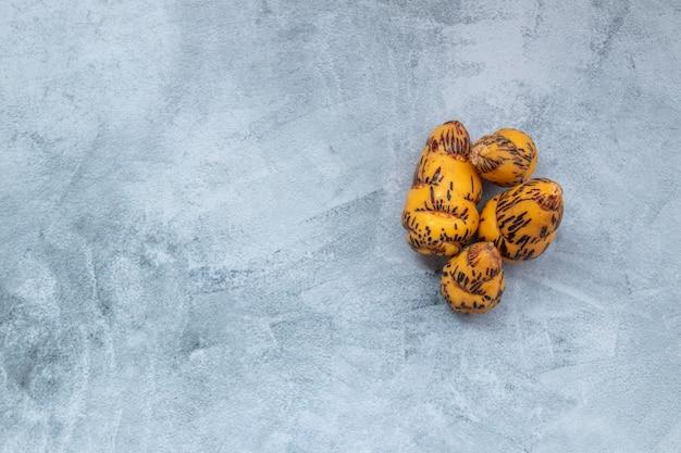 Ока, клубень, используемый в перуанской кухне и в американских андах.